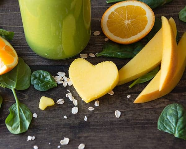 Heart healthy mango green smoothie recipe