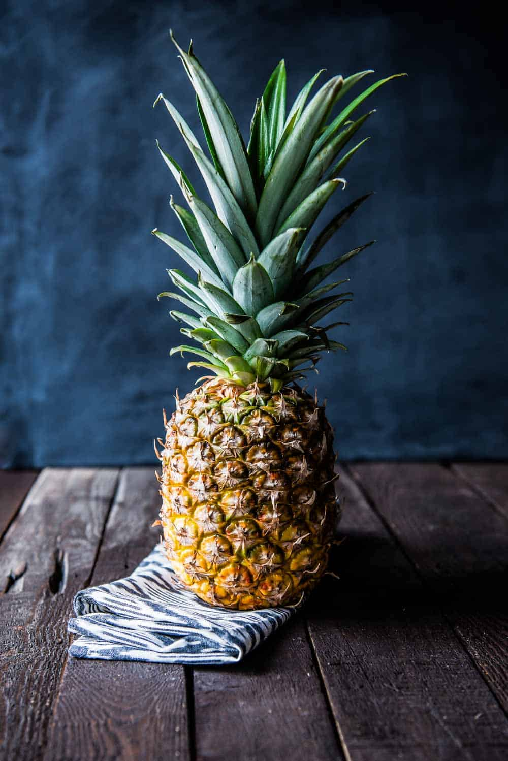 pineapple is a key ingredient for a clear skin diet
