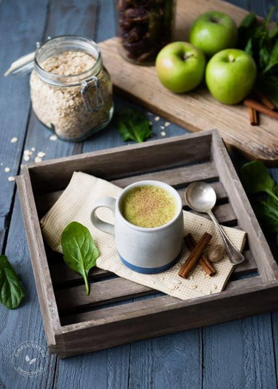 Warm Apple Pie Green Smoothie