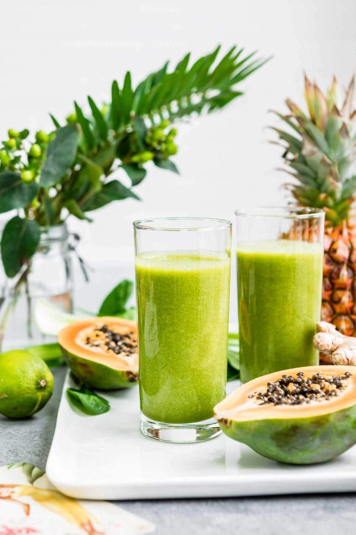 how to beat belly bloat with a green smoothie recipe - simple green