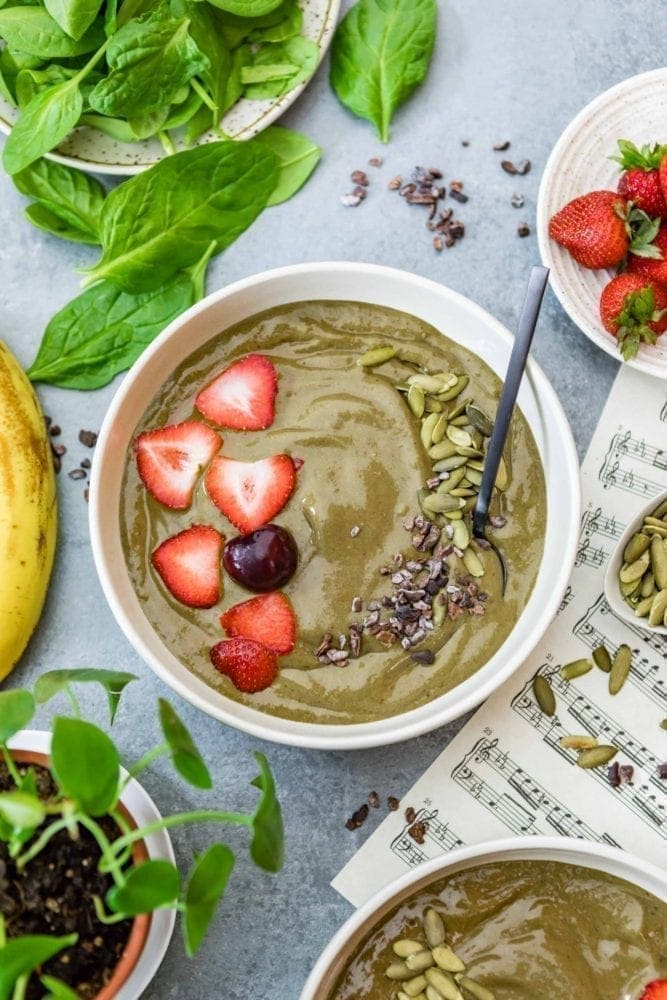 Plant-Based Iron-Rich Smoothie Bowl