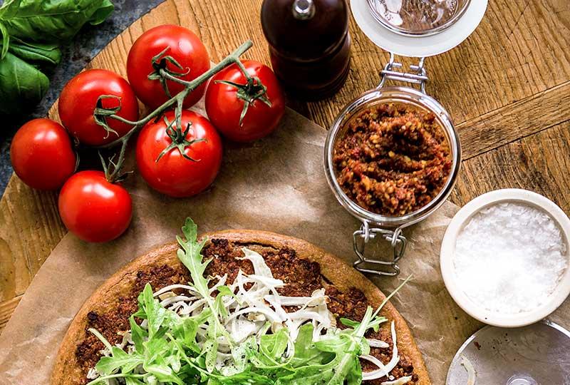 Ingredients to make a vegan pizza