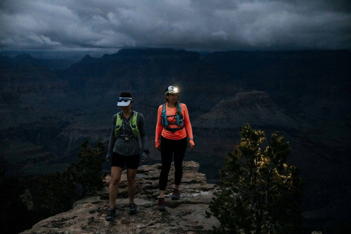 Hiking the Grand Canyon at night with lamps| Simple Green Smoothies