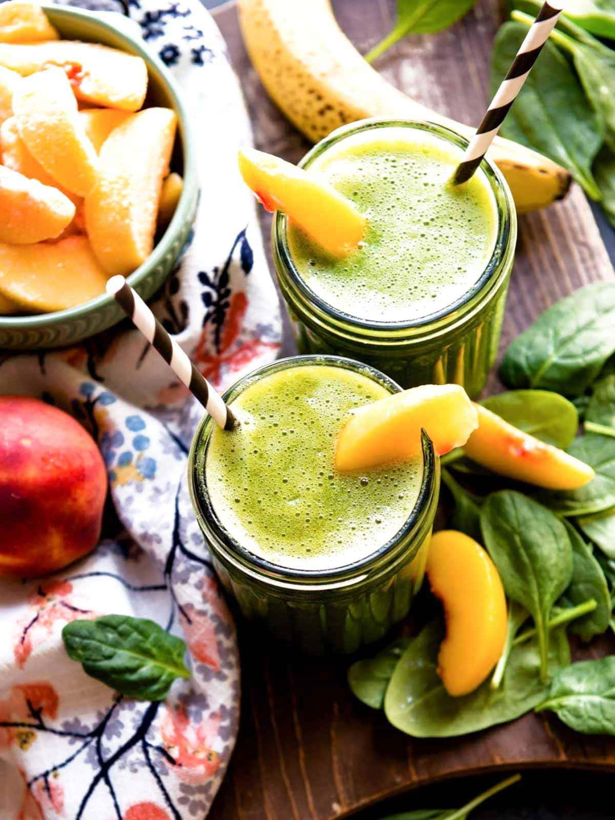 Healthy banana peach smoothie recipe