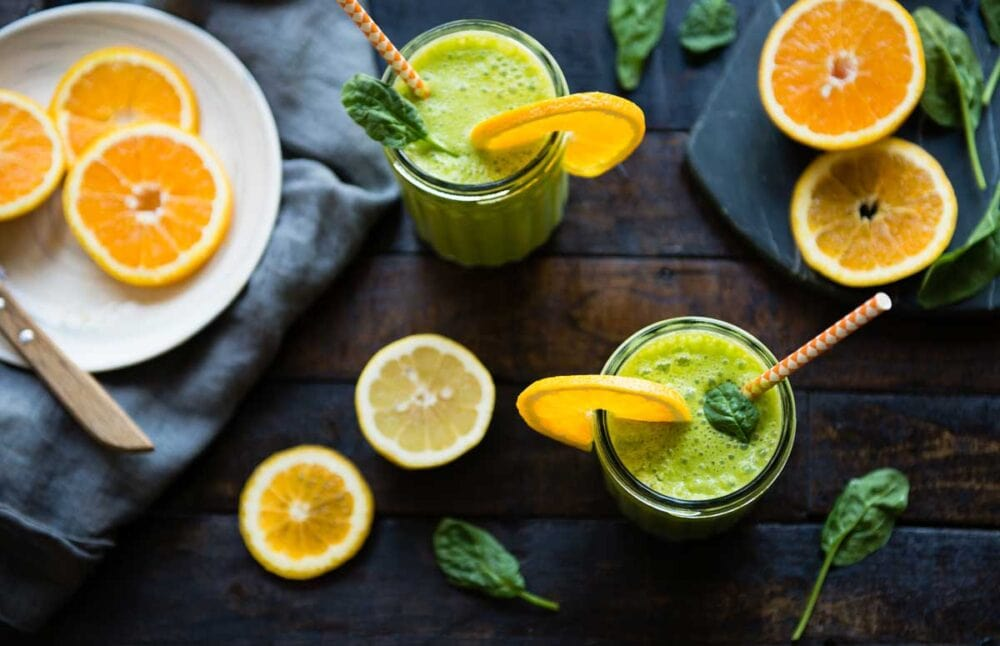 Orange Smoothie with Spinach and Lemon