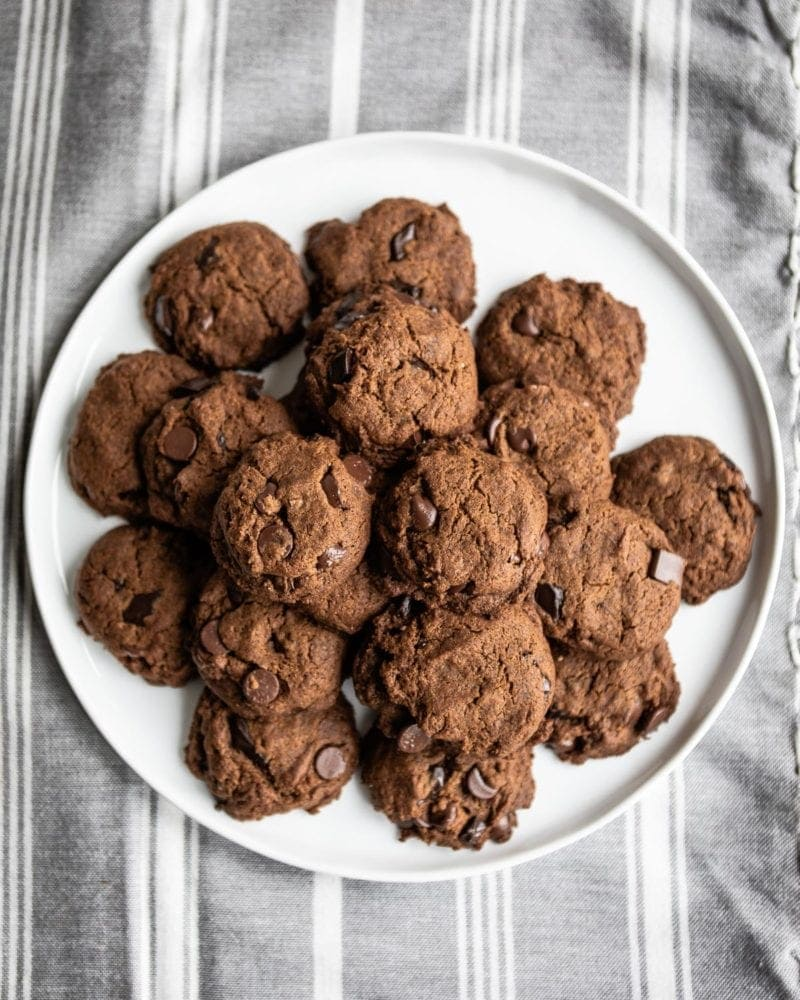 Soft Ginger Cookies with Chocolate Chips