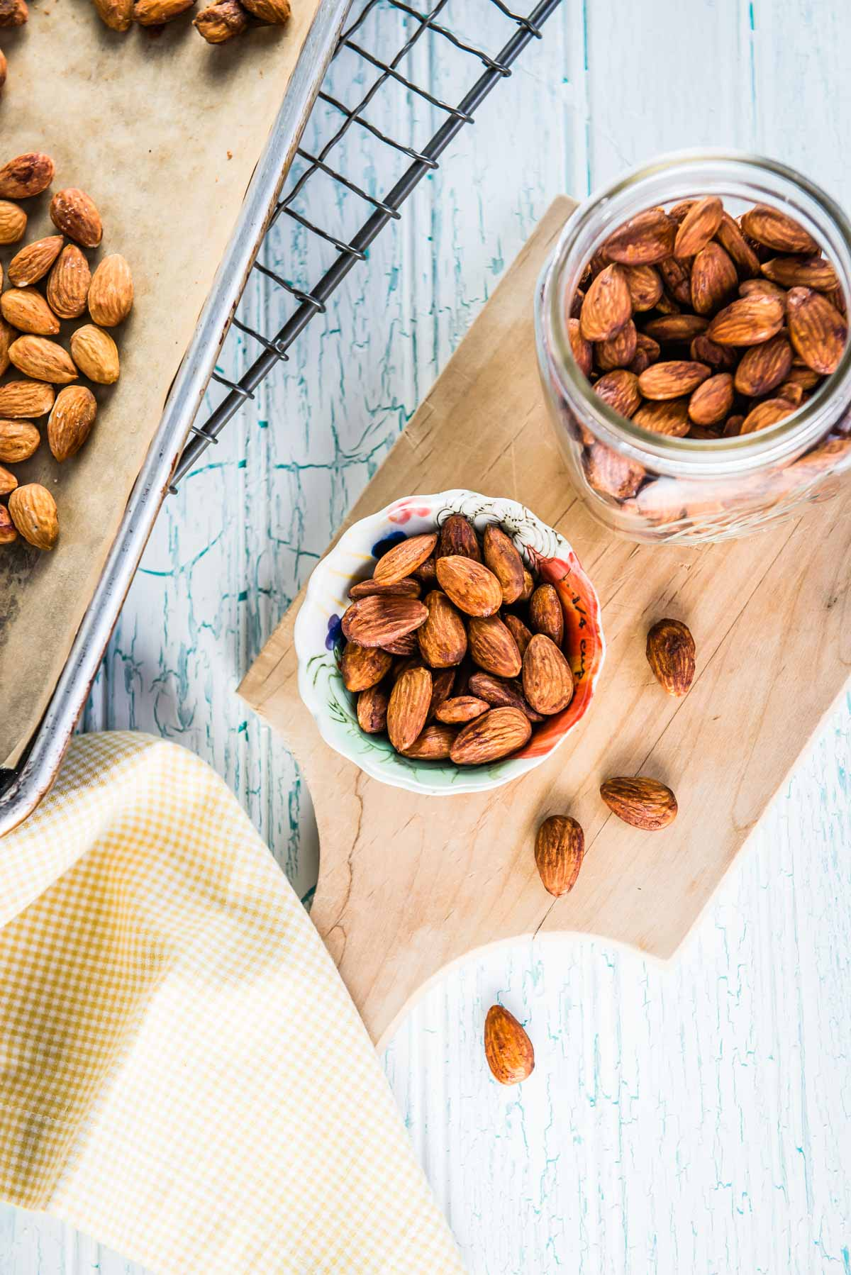 Almonds make a great healthy snack for weight loss