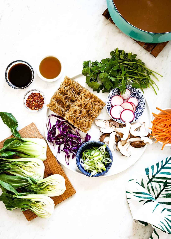 Ingredients for easy vegetarian ramen