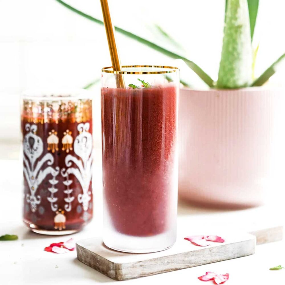 High in fiber and folate Beet Smoothie Recipe