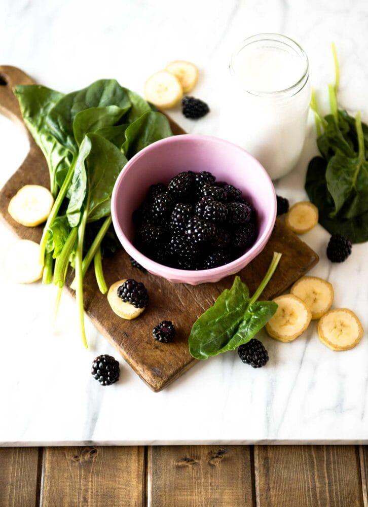 Blackberry smoothie recipe ingredients