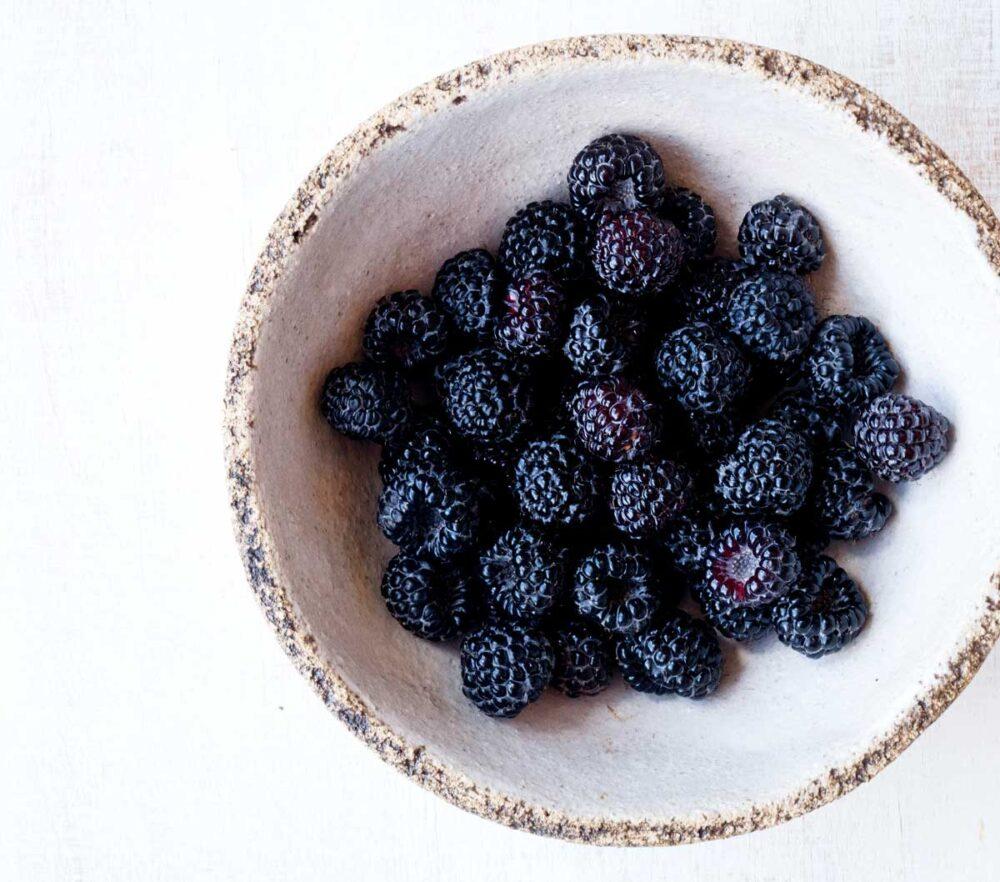 Vitamin and fiber filled fresh blackberries in a bowl
