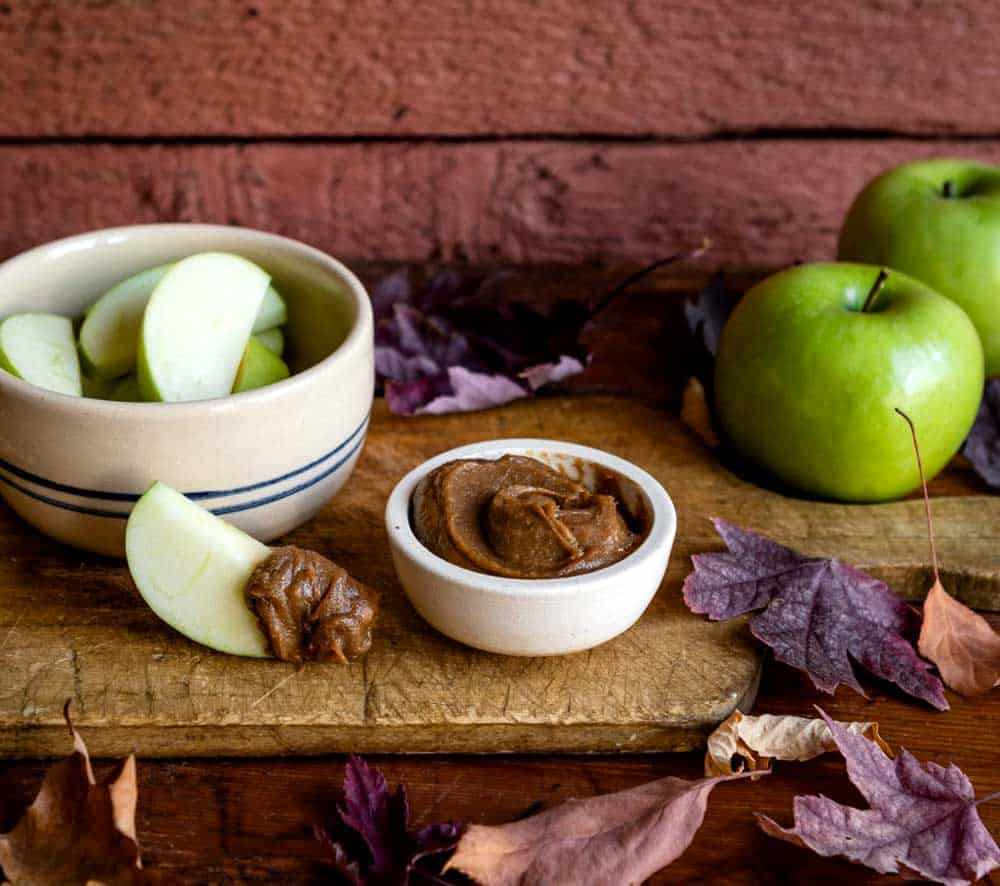 Healthy fall carmel dip with dates