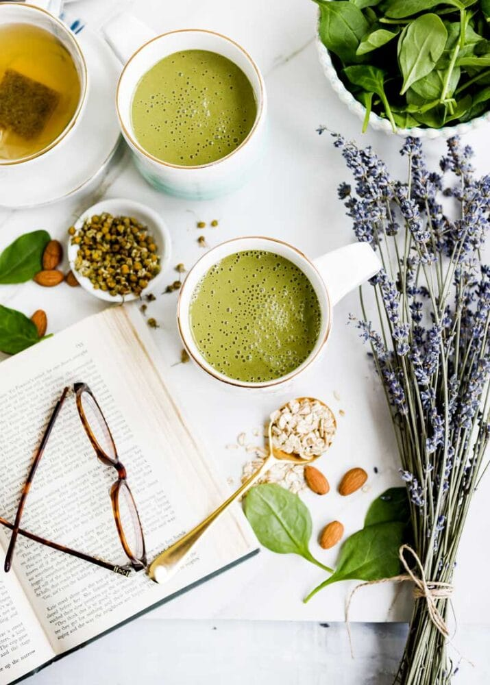Foods that help you sleep well include smoothies with lavender.