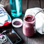 Workout smoothie with antioxidants and superfoods