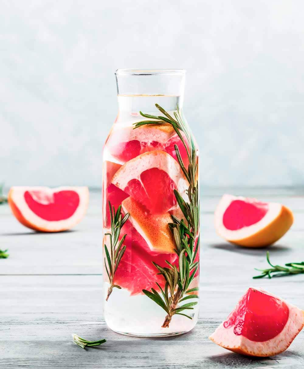 Instruction guide on making detox water for cleanse and weight loss