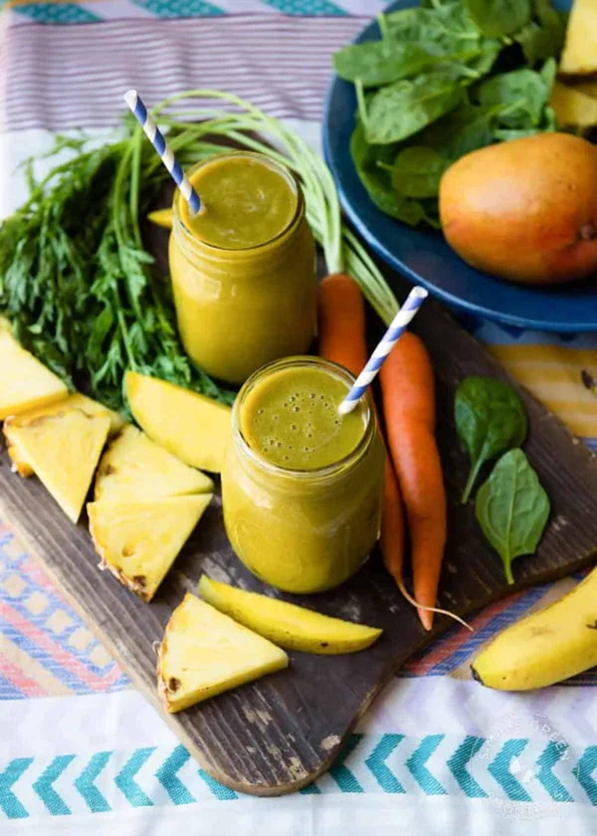 carrot greens smoothie